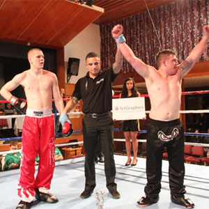 steve-babb-european-champion-afterwards-300x300