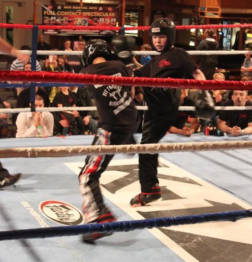 Joe Davies (w) vs Omar Ali